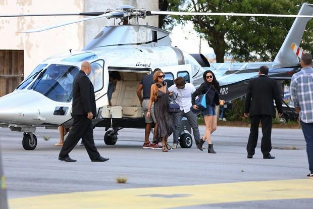 Lindsay Lohan desembarca em Florianópolis (Foto: Alex Macedo/AgNews)
