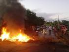 Moradores queimam pneus e fecham rodovia em ato contra a falta de água