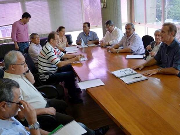 Bugalho anunciou corte de gastos nesta terça-feira (3) (Foto: Prefeitura de Presidente Prudente/Divulgação)