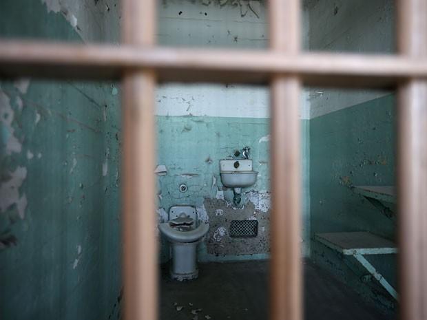 Quarto médico da prisão de Alcatraz, em San Francisco (Foto: Justin Sullivan/Getty Images/AFP)