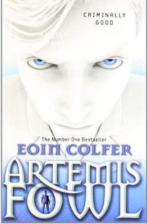 Capa da edição estrangeira de 'Artemis Fowl' (Foto: Divulgação/Site do autor)