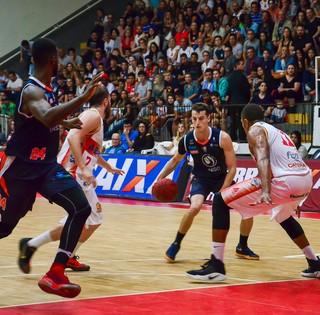 Caxias x Liga Sorocabana Lucas (Foto: Geremias Orlandi / Caxias do Sul Basquete)