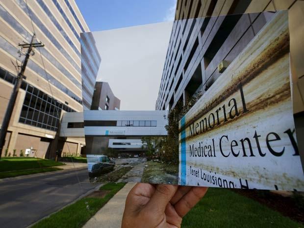Centro médico destruido é visto em foto de 2005 exibida no mesmo local 10 anos após o Katrina (Foto: REUTERS/Carlos Barria)