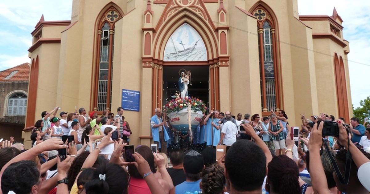 Procissão de Navegantes conta com milhares de fiéis em Porto Alegre - Globo.com