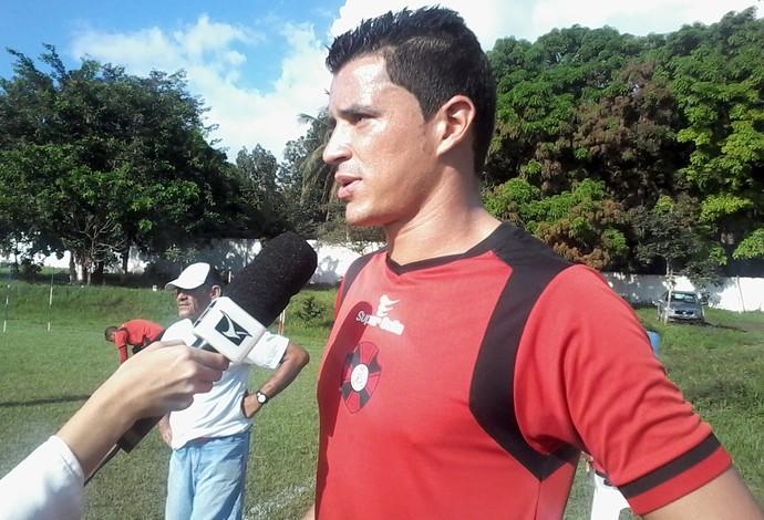 Fred zagueiro Moto (Foto: João Ricardo)