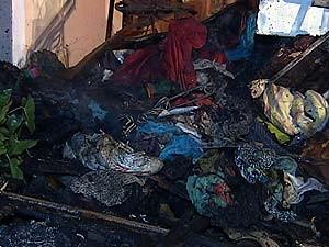 Roupas ficaram destruídas (Foto: Reprodução/TV Integração)