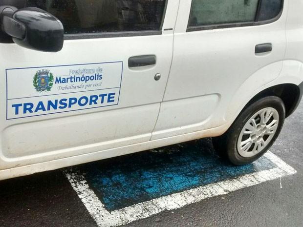 Adesivo De Espelho Para Banheiro ~ G1 Deficiente flagra carro da Prefeitura estacionado em