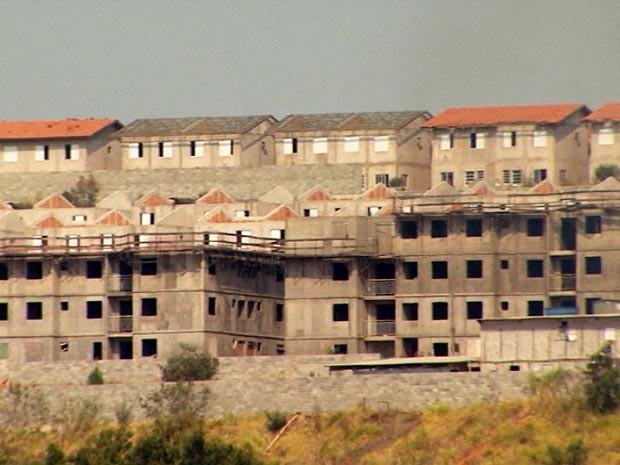 Prédios em construção (Foto: Reprodução / EPTV)