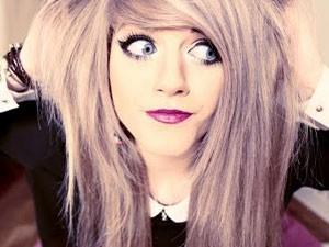 A youtuber inglesa Marina Joyce