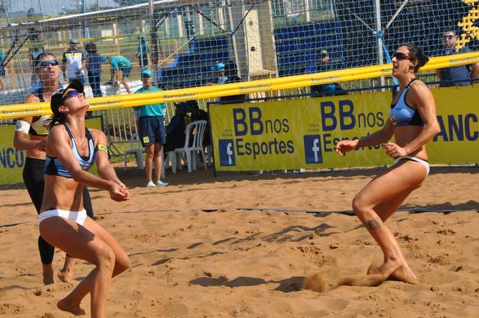 Elize Maia e Josi (Foto: Patrícia Zanetti/CBV)