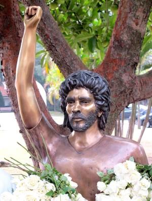 busto sócrates corinthinas parque são jorge (Foto: Leandro Canônico / Globoesporte.com)