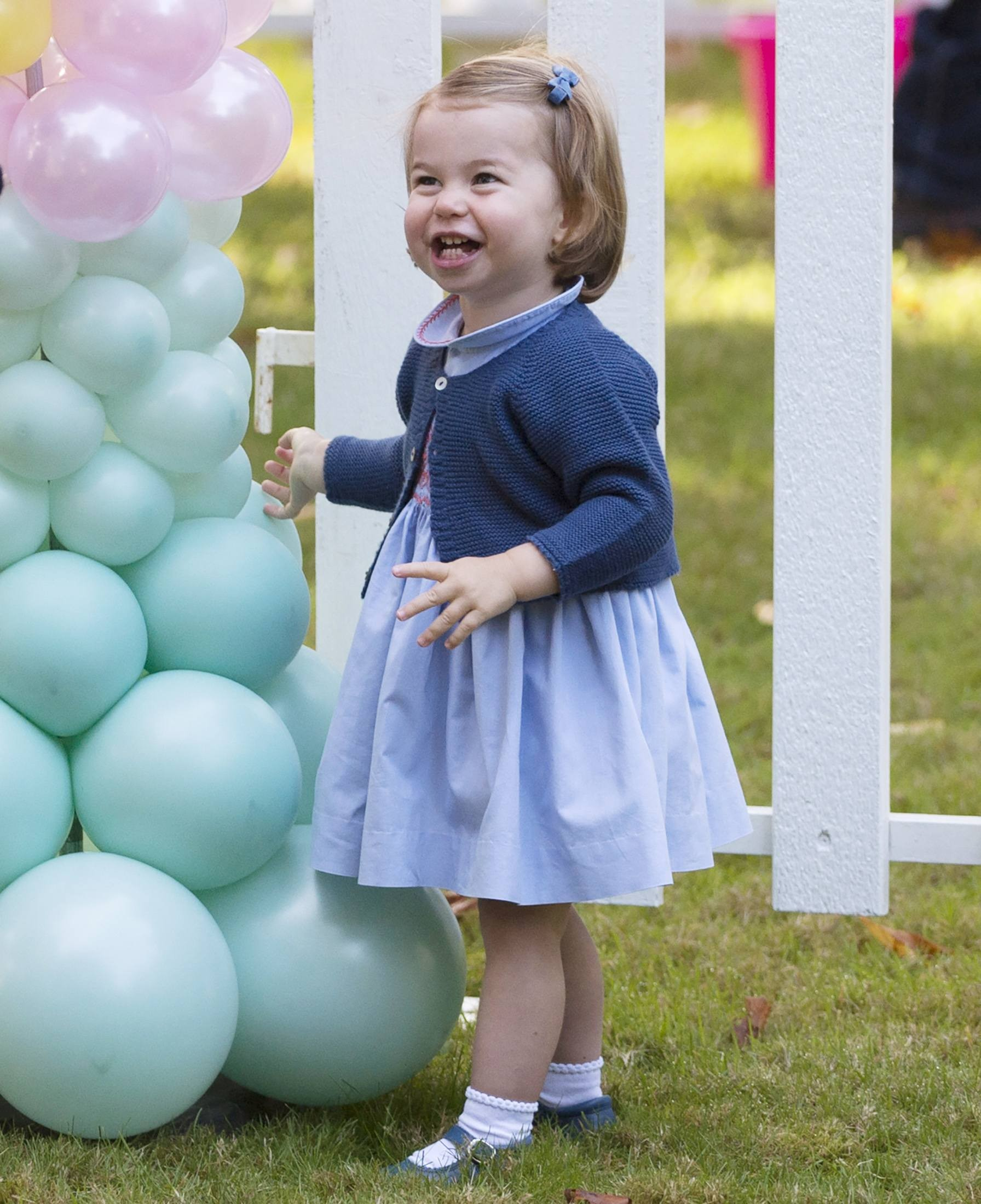 Princesa Charlotte durante festa a familiares de militares nesta quinta-feira (29) no Canadá (Foto: REUTERS/Jonathan Hayward/Pool)
