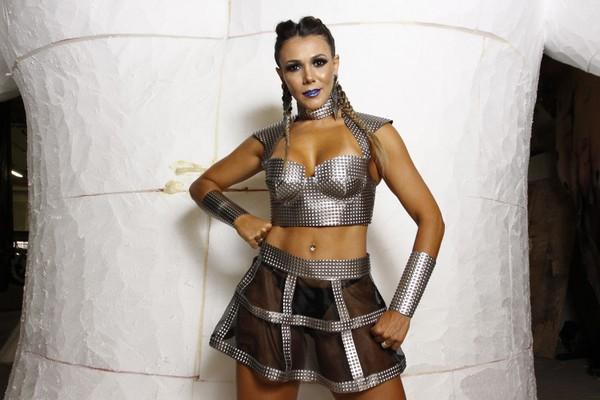 Fabiana Teixeira, musa do carnaval aos 41 anos: 'Meu melhor corpo'