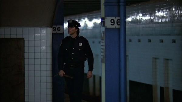 O ator Sonny Lendham em cena de Warriors (1979) (Foto: Reprodução)