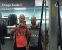 Diego Tardelli treina na Cidade do Galo com o uniforme do Atlético-MG