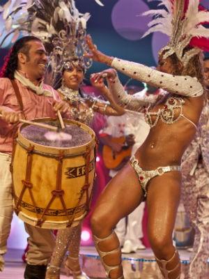 Gravação do clipe de carnaval da Embaixadores (Foto: Rafael Berlezi/Estação Filmes)