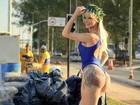 Modelo trans Thalita Zampirolli posa entre obras da Transolímpica no Rio