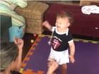 Luana Piovani comemora primeiros passos da filha, Liz: 'Andou super'