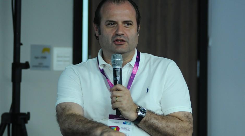 Magnus Arantes, sócio e gerente das operações brasileiras da NXTP LAbs, fala no Festival de Cultura Empreendedora (Foto: Rafael Jota)