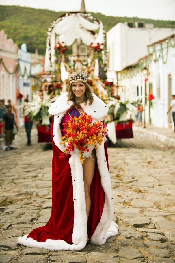 Shirley (Alice Wegmann) será uma das rivais da Helena interpretada pela atriz Bruna Marquezine (Foto: João Miguel JR./Globo)