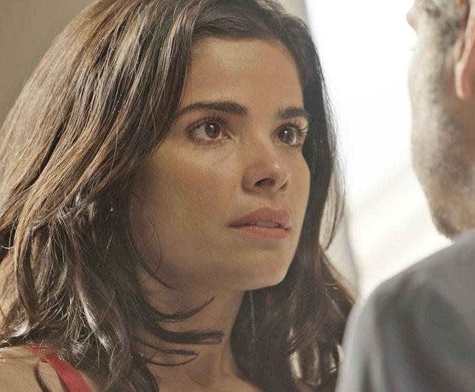 Tóia fica sem reação ao ouvir declaração de Romero (Foto: TV Globo)