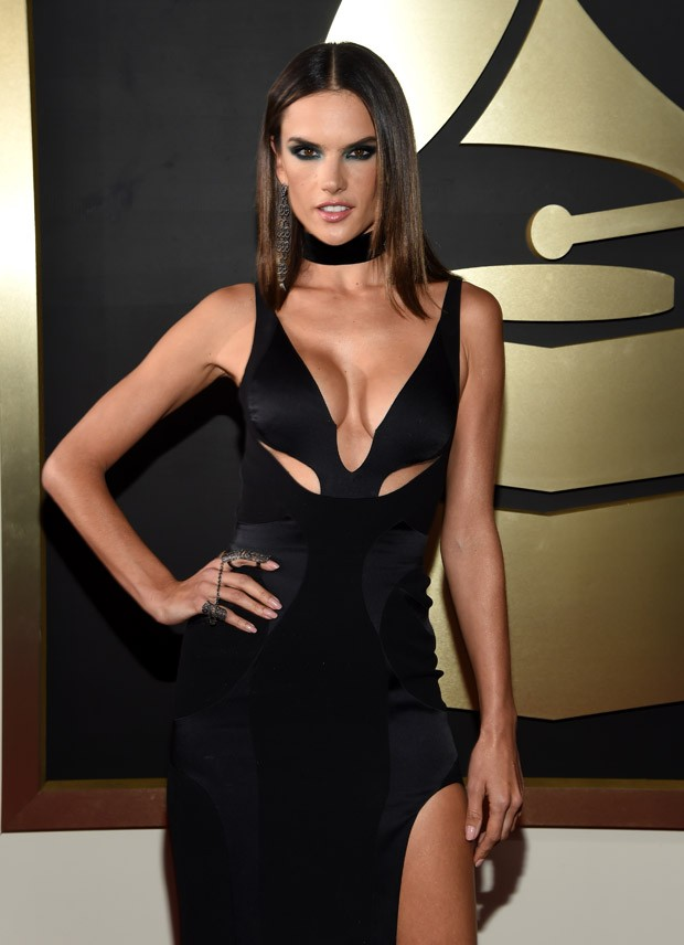 Grammy Awards 2016 - Alessandra Ambrsio (Foto: Getty Images)