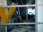 Grupo com armas restritas explode caixas de banco e faz refém na Bahia