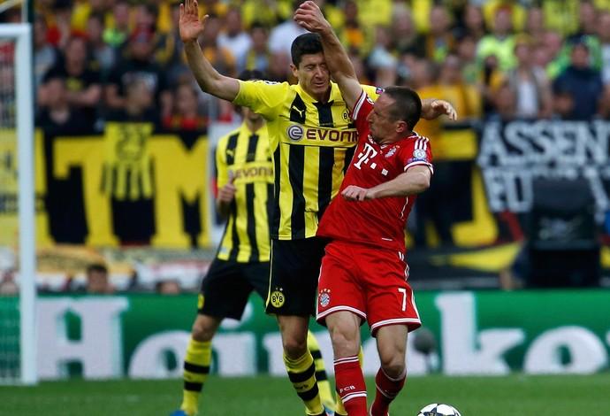 Ribery e Lewandowski Bayern de Munique x Borussia Dortmund (Foto: Reuters)