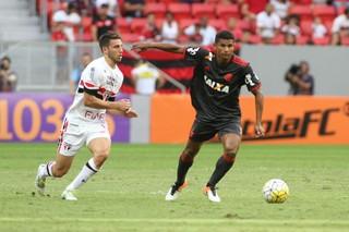 Márcio Araújo, Flamengo x São Paulo, Mané Garrincha (Foto: Gilvan de Souza/Flamengo)