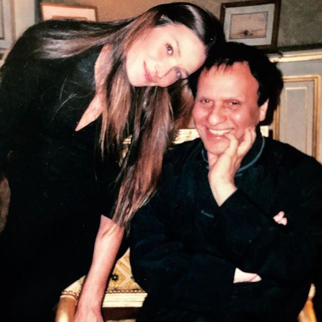 Carla Bruni-Sarkozy e Alaïa (Foto: reprodução/instagram)