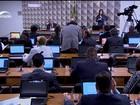 Senadores batem boca durante discussão do parecer de Anastasia