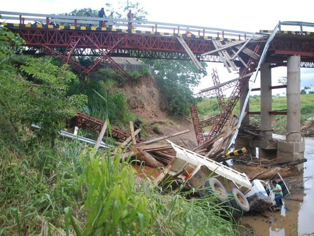 Ponte Assis Brasil (Foto: Cherlivan Cavalcante)