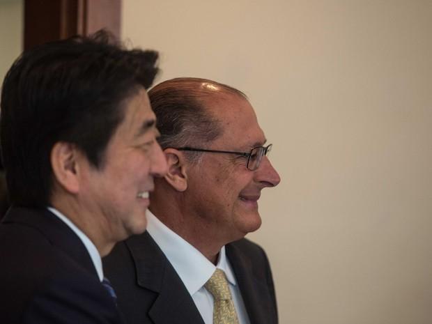 Alckmin, Shinzo Abe (Foto: Adriana Spaca/Brazil Photo Press/Estadão Conteúdo)