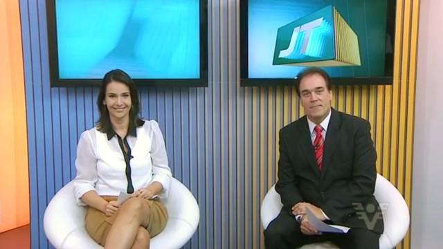 Jornal da Tribuna 1ª edição com Vanessa Machado e Tony Lamers (Foto: Reprodução / TVTribuna)