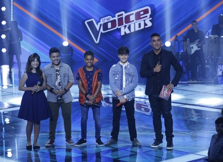 Juan Carlos Poca e Giulia Soncini, do Time de Victor & Leo, seguem no 'The Voice Kids'