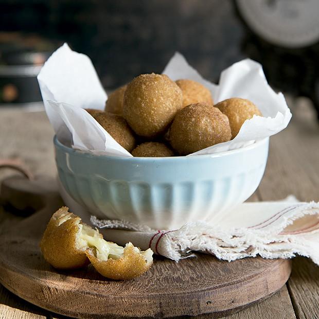Bolinhas de queijo (Foto: Cacá Bratke/Editora Globo)