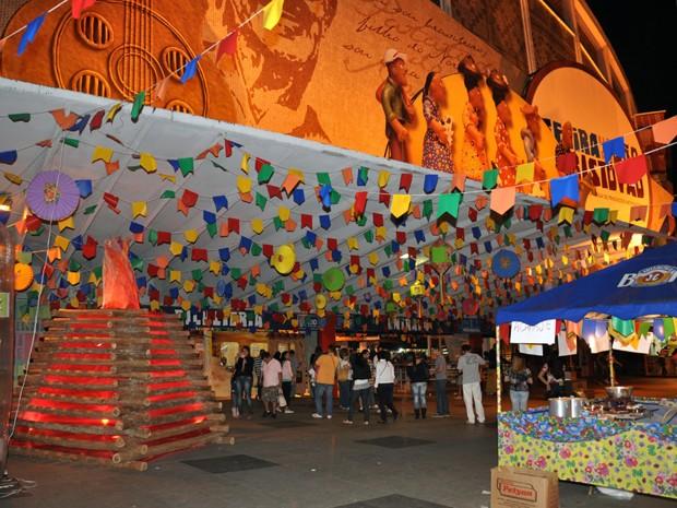 Artesanato Pernambuco ~ G1 Festa junina agita Feira de S u00e3o Cristóv u00e3o, na Zona Norte do Rio notícias em Rio de Janeiro