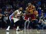 Renegados do All-Star carregam os Cavaliers em dia tenso de LeBron