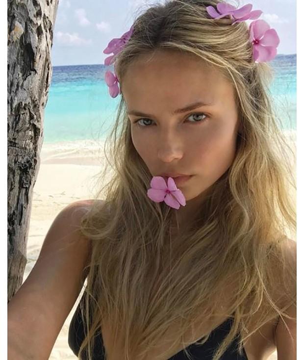 Natasha Poly (Foto: Reprodução/ Instagram)