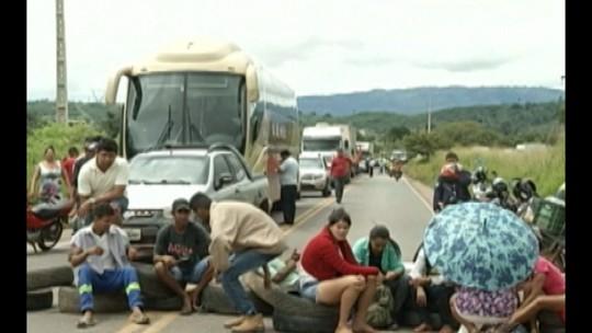 Protesto de camponeses ligados a FETRAF interdita a rodovia PA-160