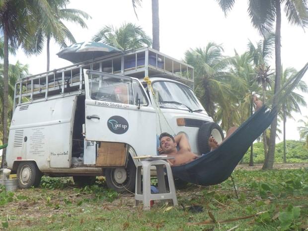 Viagem de empresário com Kombi passou por oito países (Foto: Arquivo Pessoal / Fausto Stuqui)