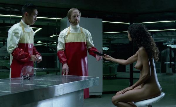 A atriz Thandie Newton em cena de 'Westworld' (Foto: Reprodução)