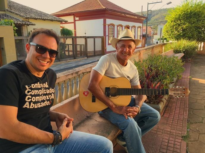 Mário bateu um papo com um músico da cidade (Foto: Divulgação)