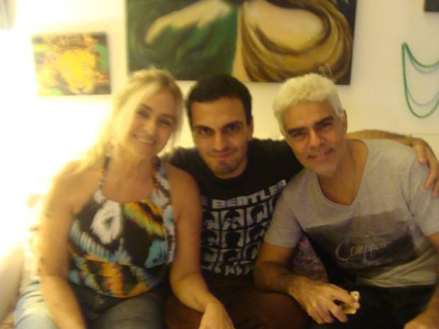 Márcia Brita, Rian e Nizo Neto (Foto: Reprodução / Instagram)