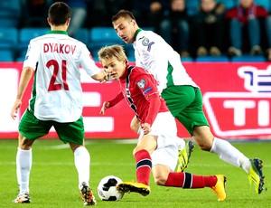 Martin Odegaard, Noruega X Bulgária  (Foto: Agência AP)