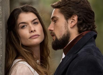 Felipe questiona Lívia sobre noivado: 'Quero ouvir da sua boca'