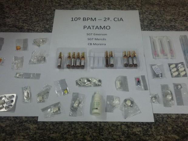 Material foi apreendido para perícia (Foto: Divulgação/Polícia Militar)