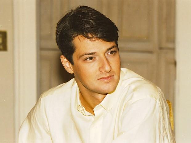 César (Marcelo Serrado) em Por Amor