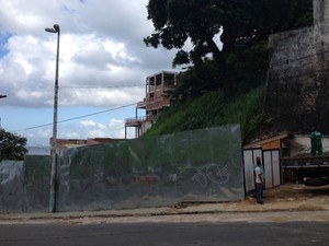 Canteiro de obra em Salvador (Foto: Henrique Mendes/G1 BA)