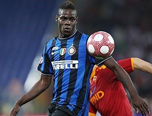 Balotelli jogo Inter de Milão  (Foto: Getty Images)